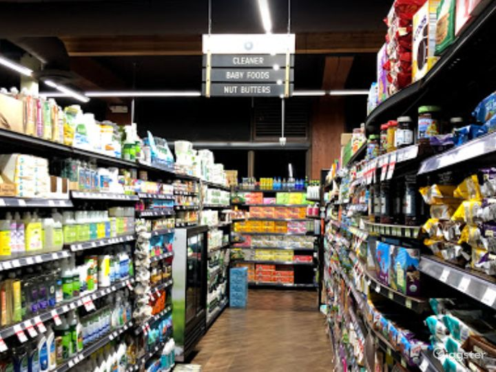 Spacious Health Food Store Perfect for Photoshoots and Productions in Thousand Oaks Photo 4