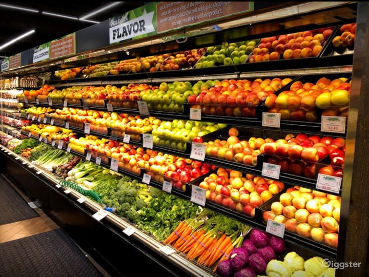 Spacious Health Food Store Perfect for Photoshoots and Productions in Thousand Oaks Photo 3