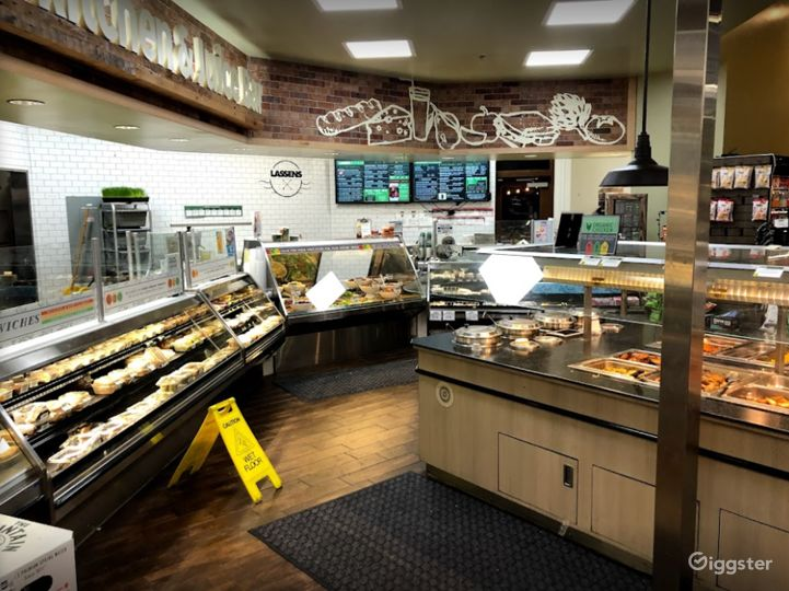 Spacious Health Food Store Perfect for Photoshoots and Productions in Thousand Oaks Photo 5