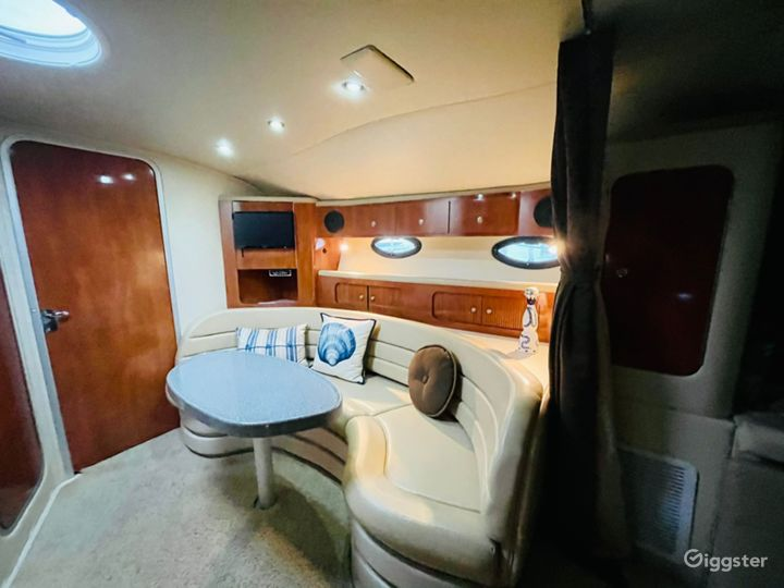 Exquisite 40FT Larson Sea Isle Party Yacht Space Events  Photo 4