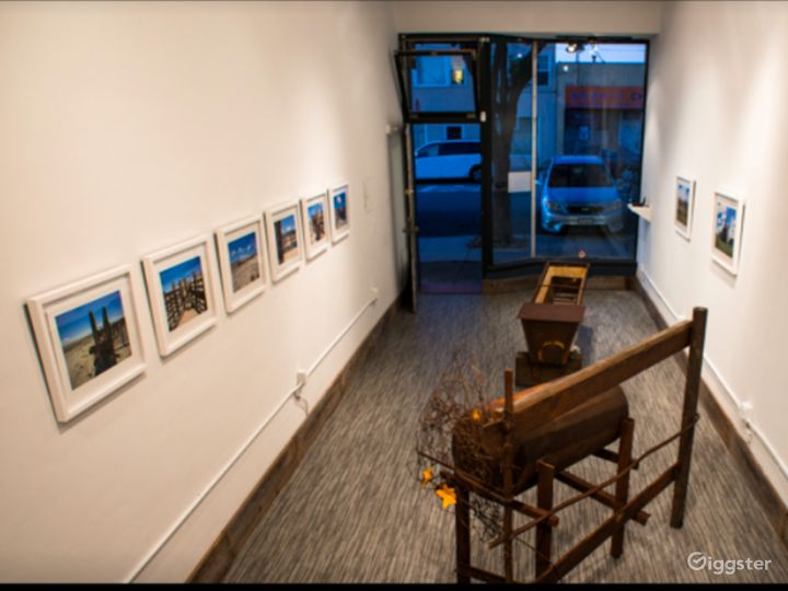 Contemporary Styled Gallery in San Francisco Photo 2