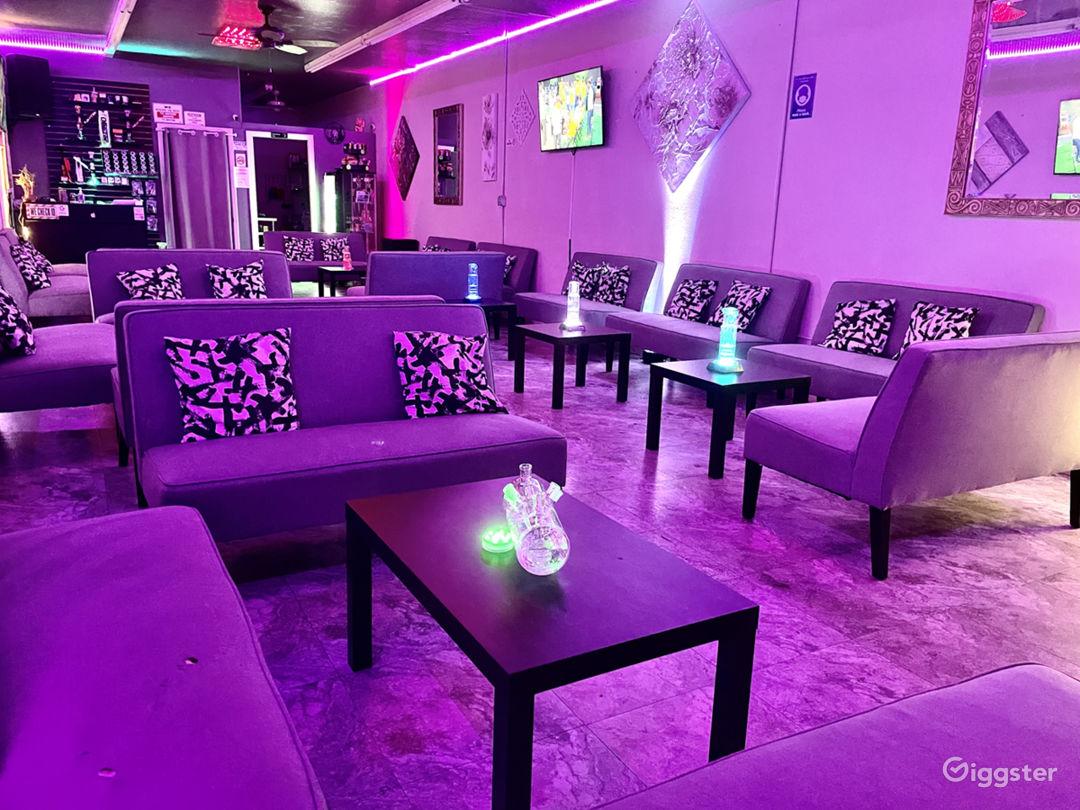 Atmospheric Lounge in Las Vegas Photo 1