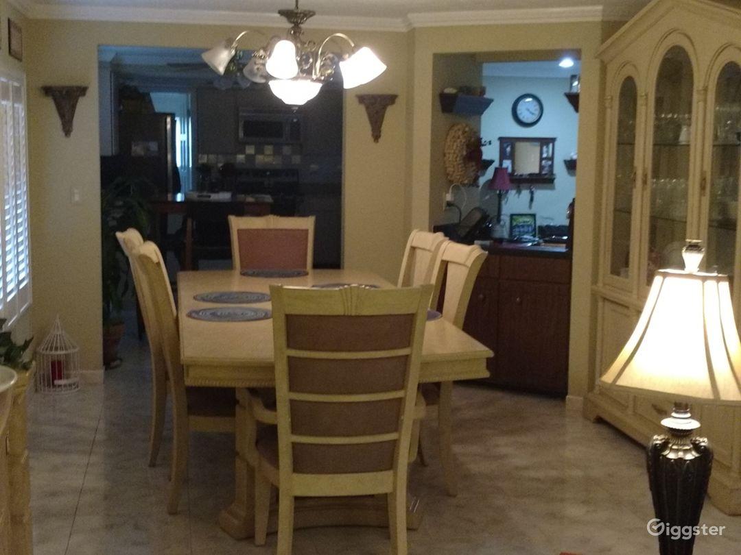 Film friendly family home Photo 4