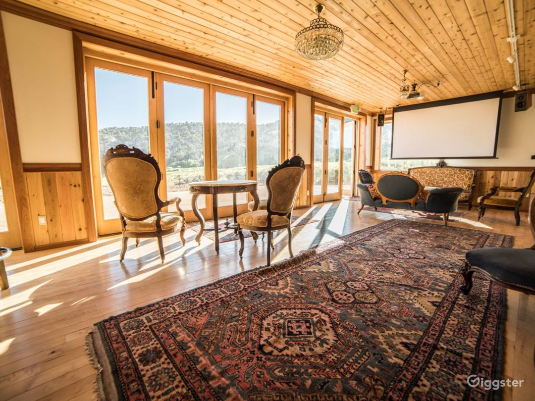 Bright and Sunny Lounge Venue with Valley View  Photo 1
