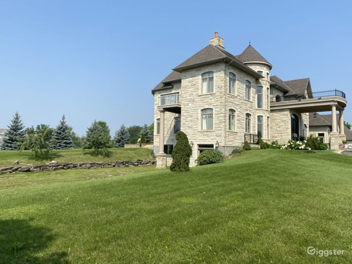 Large stone exterior family house with indoor pool Photo 3