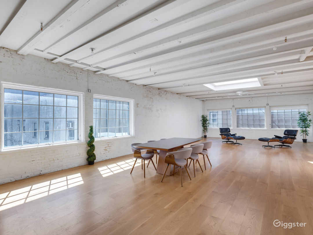 Charming White Brick Studio with Skylight in LES Photo 1