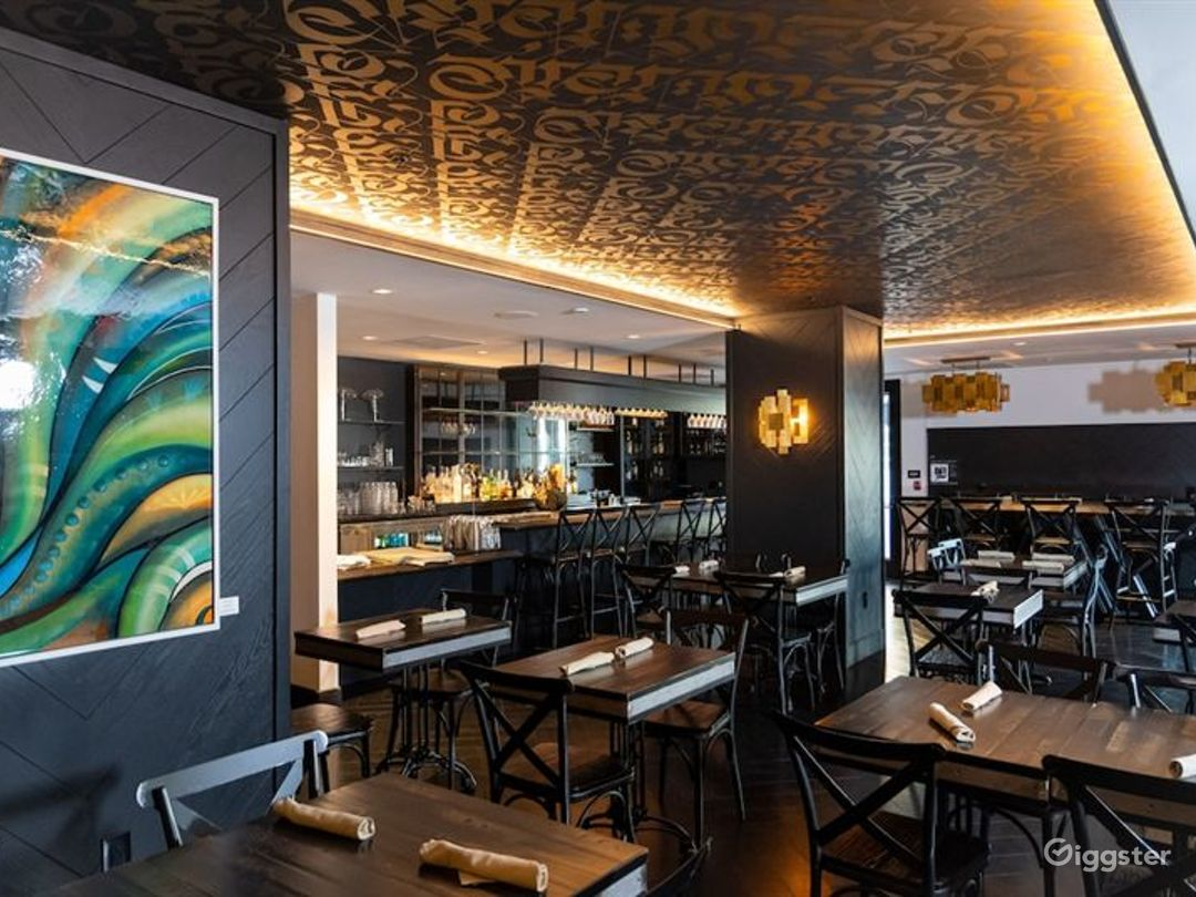 Stylish Restaurant in LA Photo 1
