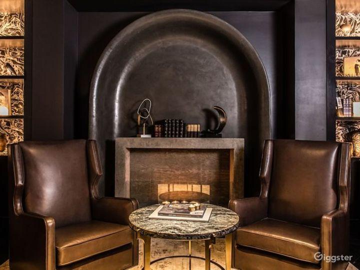 Stylish Restaurant in LA Photo 2