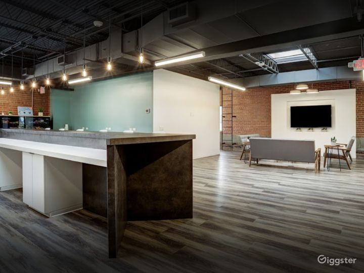 Spacious and Creative Office Spaces (Full Buyout) Photo 2