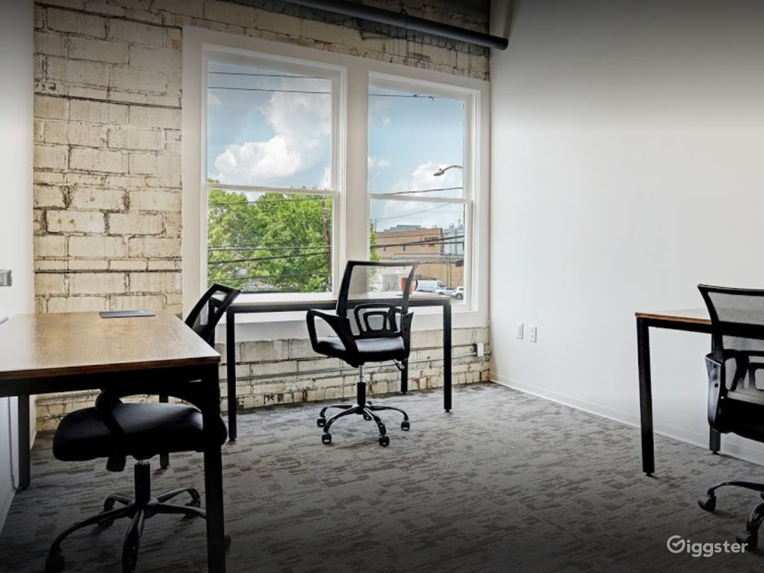 Spacious and Creative Office Spaces (Full Buyout) Photo 1