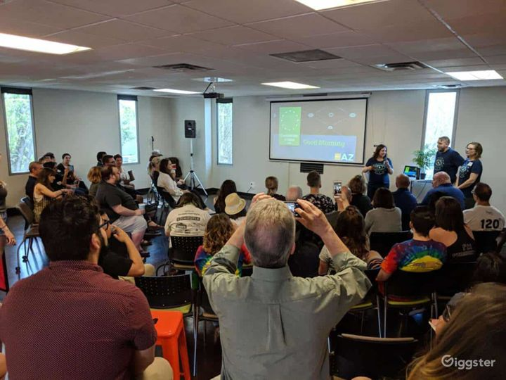 Spacious Venue for Events- Classroom Photo 4