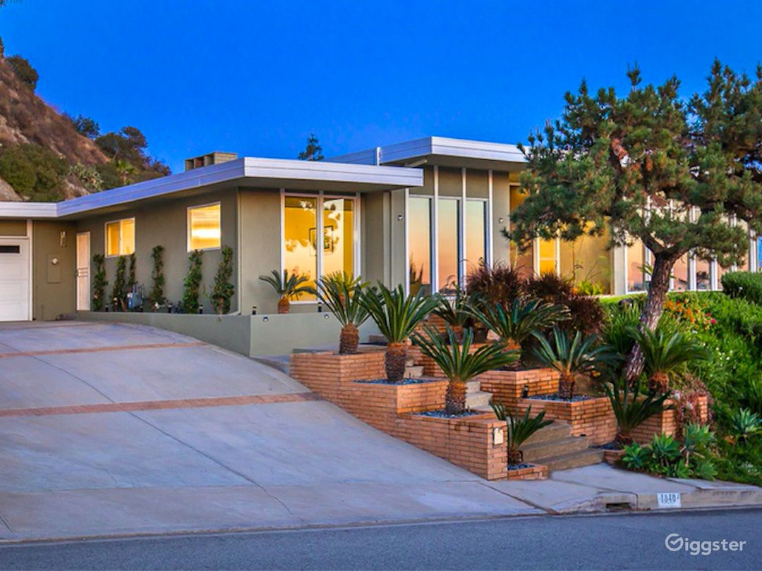 Glendale hillside home with amazing views Photo 1