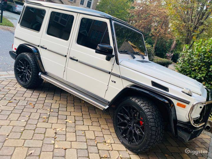 Mercedes-Benz G-Wagon  Ultimate in Luxury Photo 5