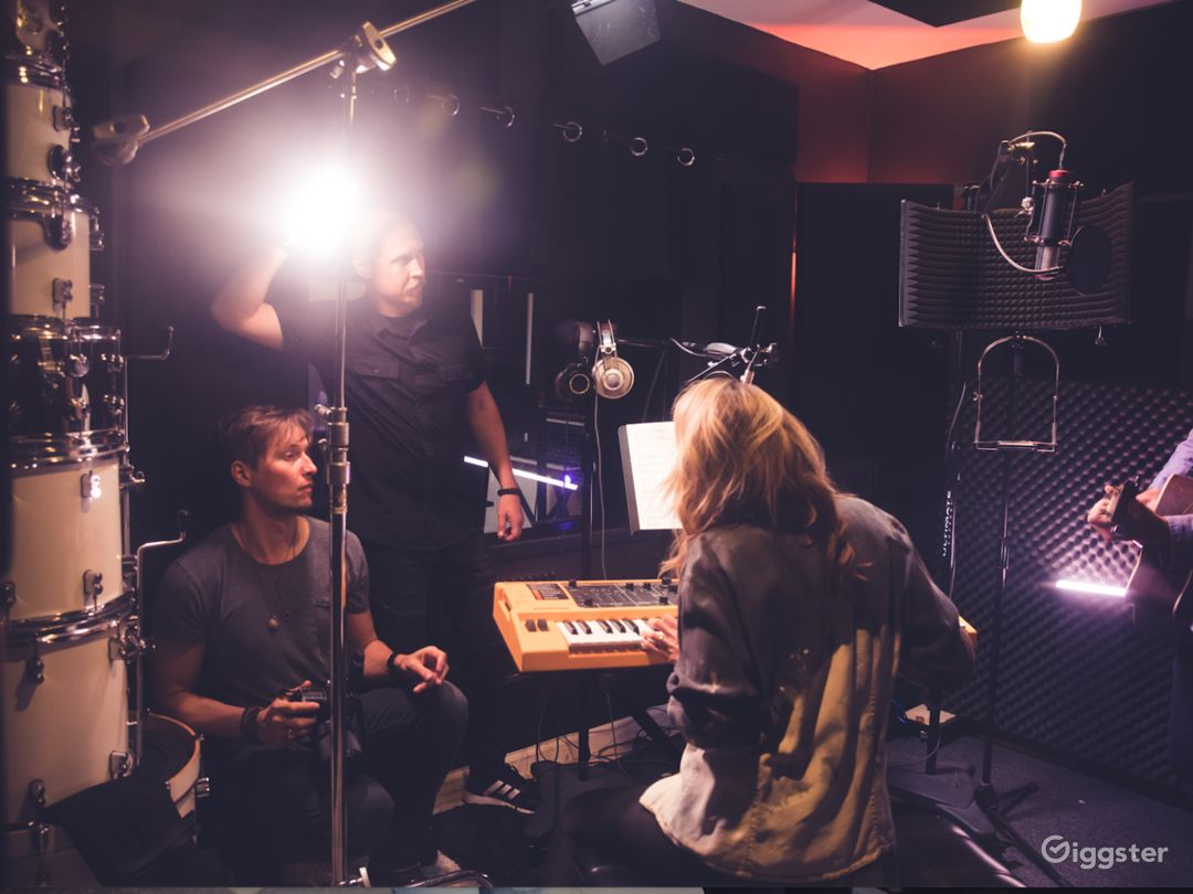 Grammy week recording studio special Photo 2