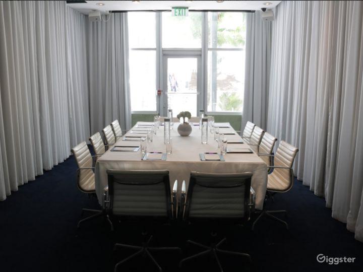 Conference Room in Miami Beach Photo 2