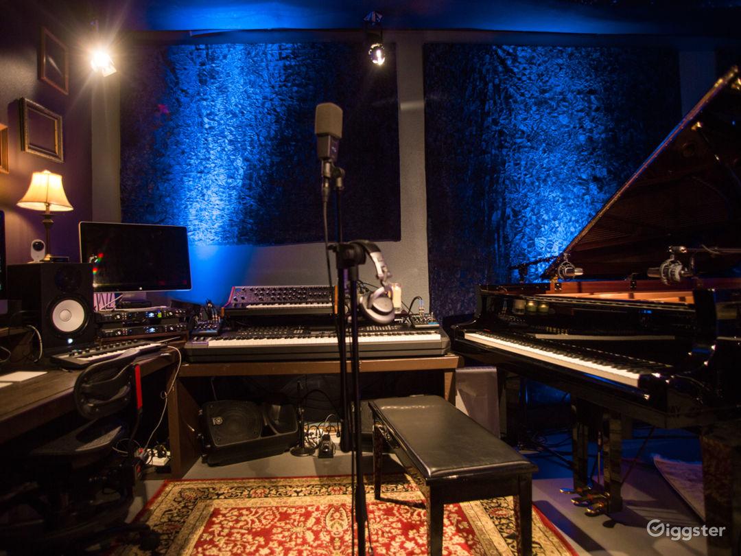 Music Recording Studio With Engineer  Photo 5