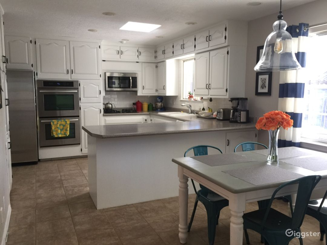 Bright, airy, updated Kitchen