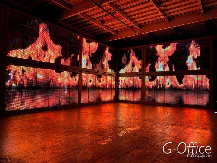 Central LA Warehouse with Multi-Media LED Glass Photo 4