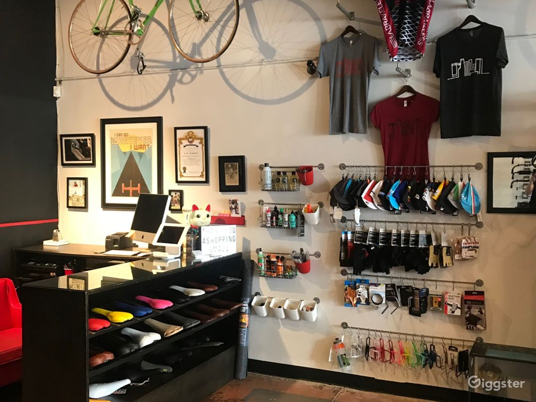 Boutique Bicycle Shop Photo 4
