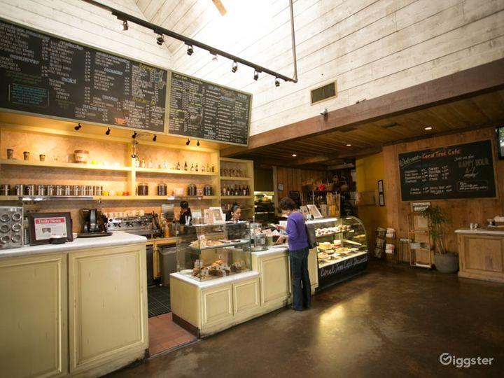 Cozy Café in Encino Photo 5