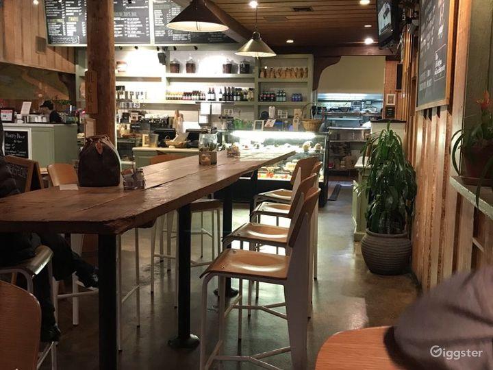 Cozy Café in Encino Photo 3