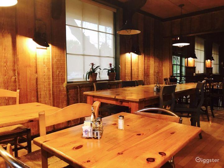 Cozy Café in Encino Photo 2
