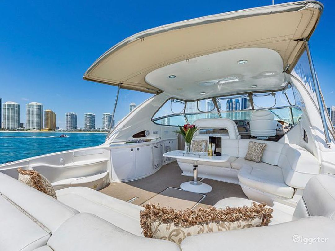 Opulent 54ft SEA RAY DUFFY'S Party Yacht Space Events Photo 1