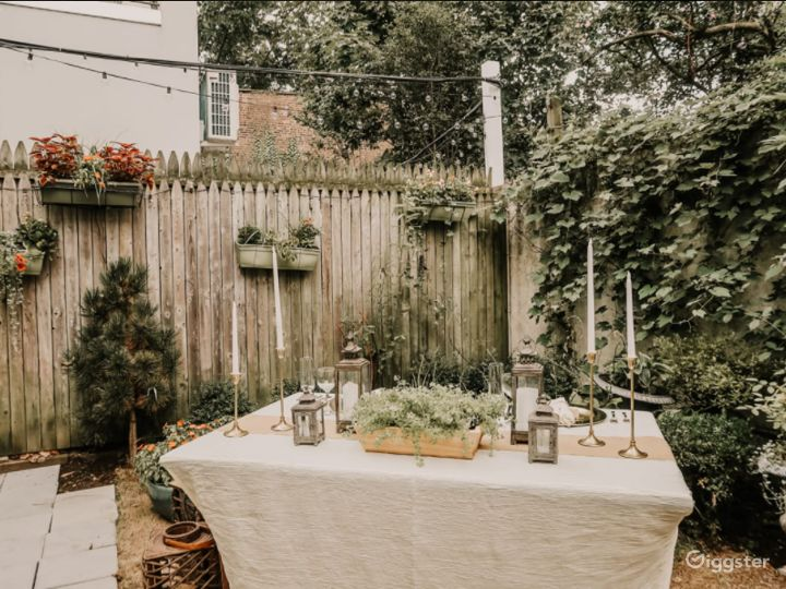 Charming Backyard in the Heart of Cobble Hill Photo 2