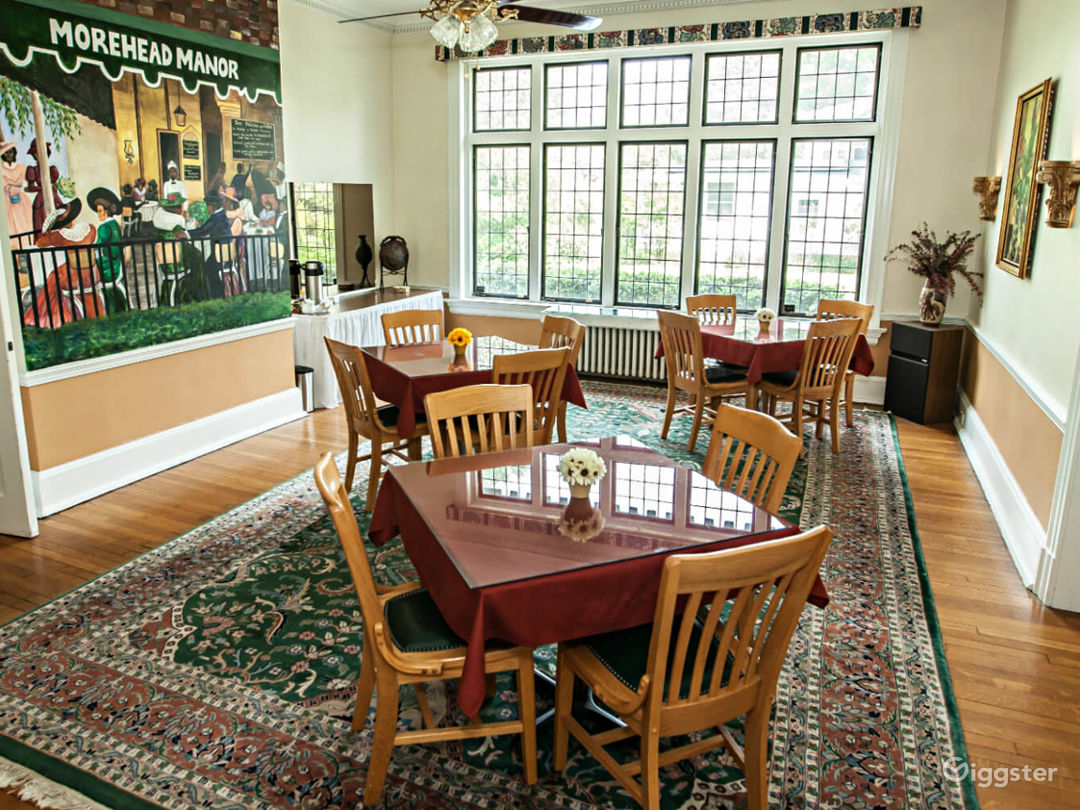 Charming and Cozy Indoor Location in Durham Photo 1