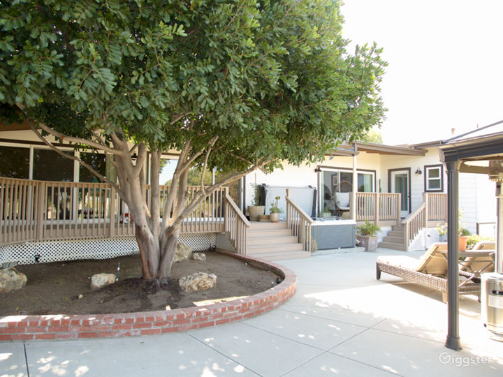 Eichler Designed Midcentury Ranch Home with Stable Photo 3