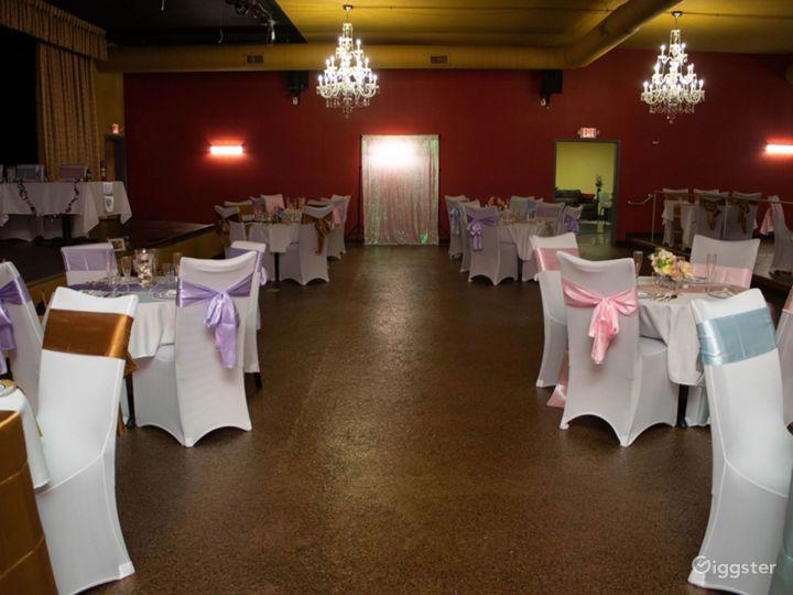Huge Elegant Sterling Hall Photo 2
