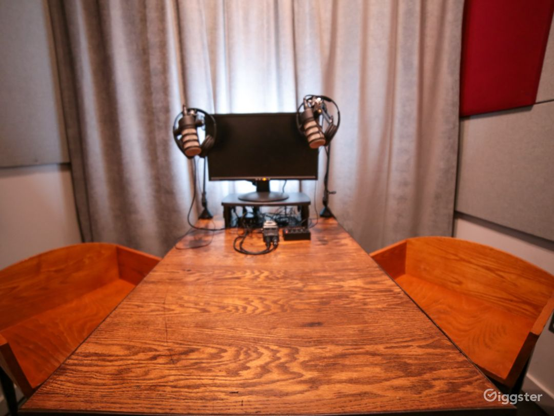 The '04 Studio: Podcast I Video Photo 1