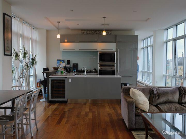 Modern 3BR Penthouse in Brooklyn