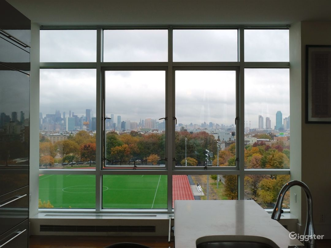 Modern 3BR Penthouse in Brooklyn Photo 2