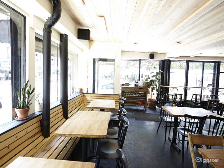 Bar/restaurant: Location 5038 Photo 3