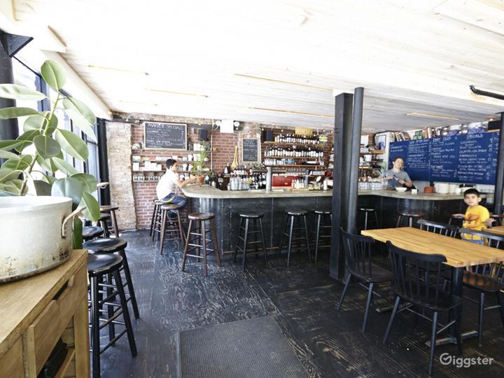 Bar/restaurant: Location 5038 Photo 5