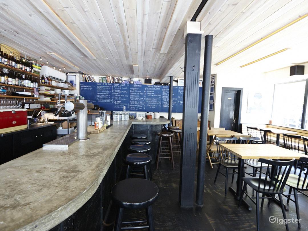 Bar/restaurant: Location 5038 Photo 1