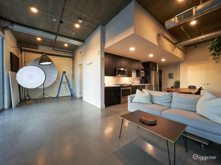 Art's District Corner Unit with LARGE WINDOWS Photo 3