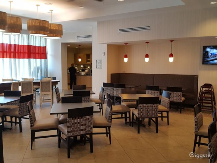 An Exquisite Restaurant in Miami Photo 3