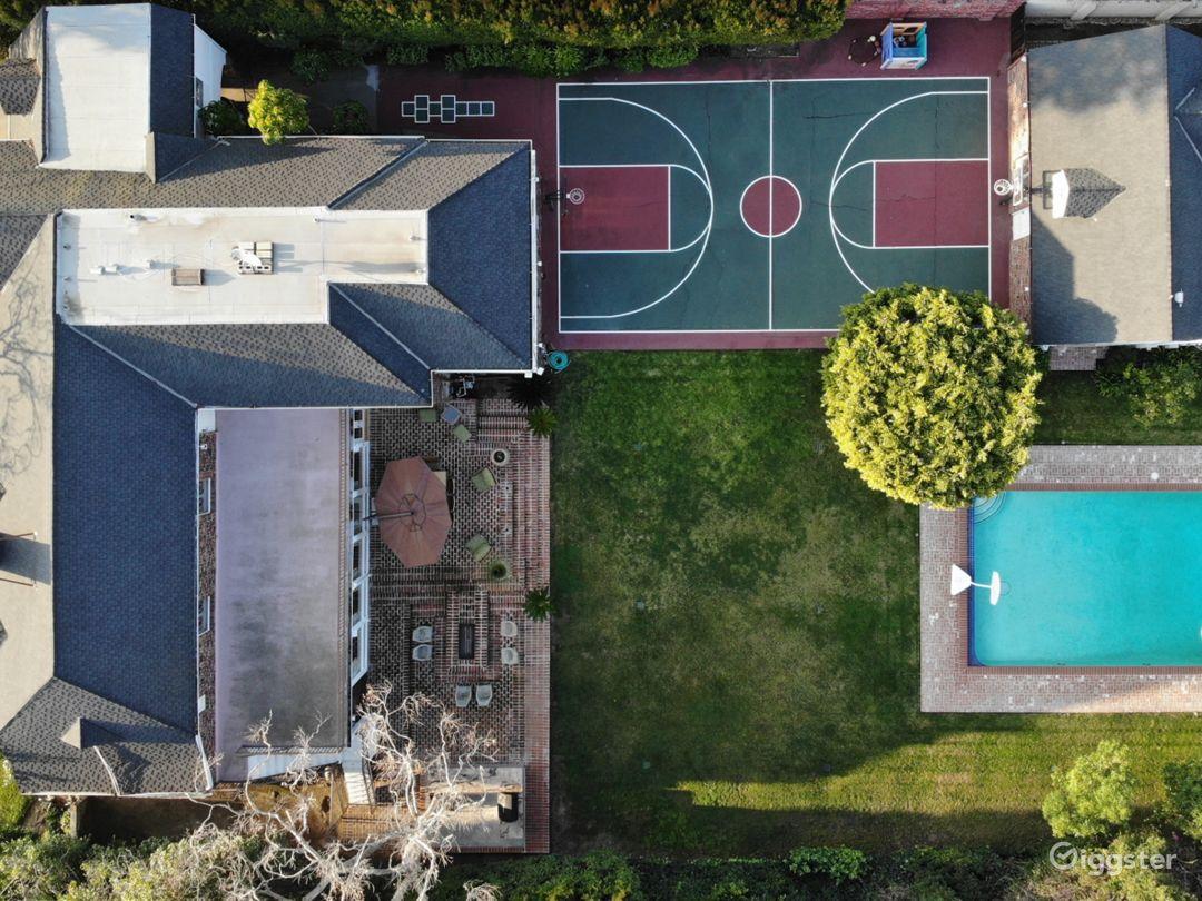Beverly Hills English Brick Mansion Photo 2
