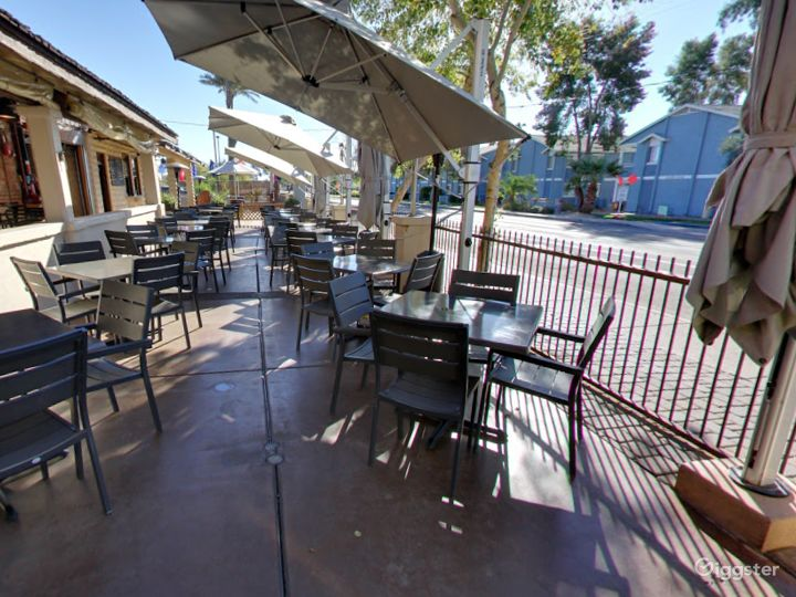Outside Patio Dining in Tempe Photo 3