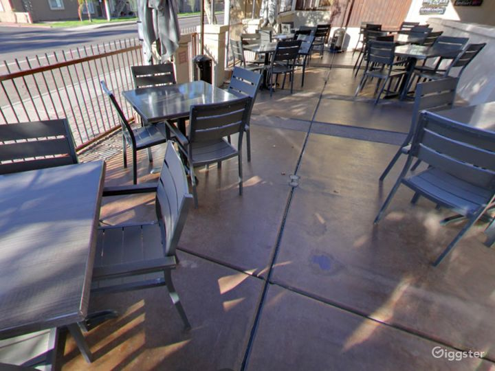 Outside Patio Dining in Tempe Photo 4