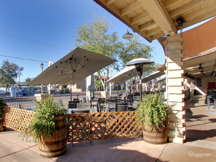 Outside Patio Dining in Tempe Photo 2