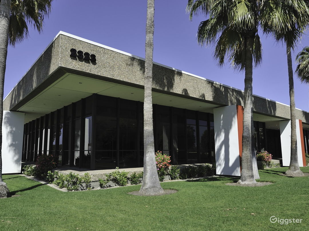 Custom Office/Warehouse Space for Lease - Irvine Photo 2