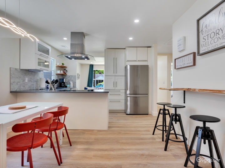 Kitchen/dining concept with a bar top