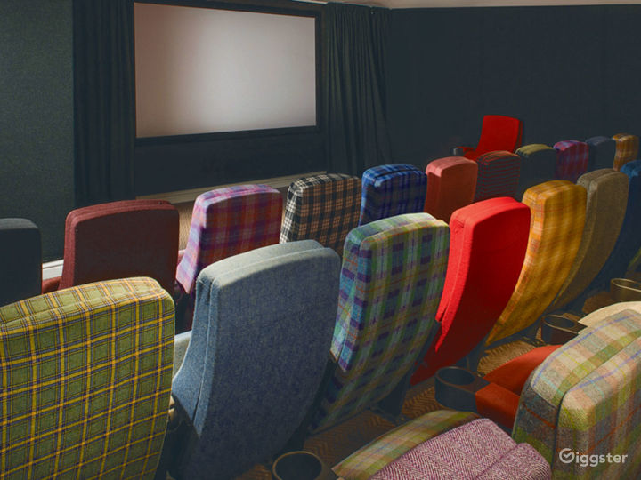 Colorful Screening Room in Glasgow Photo 2