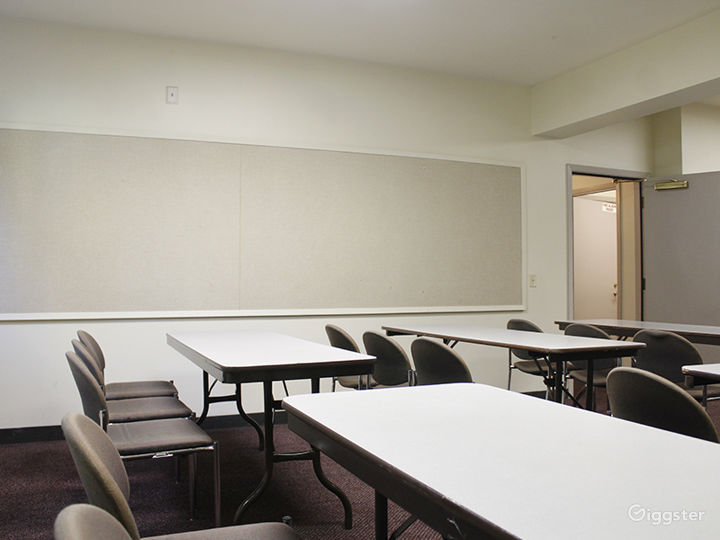 Two Intimate Meeting Rooms within Historic Oakland Park Photo 4