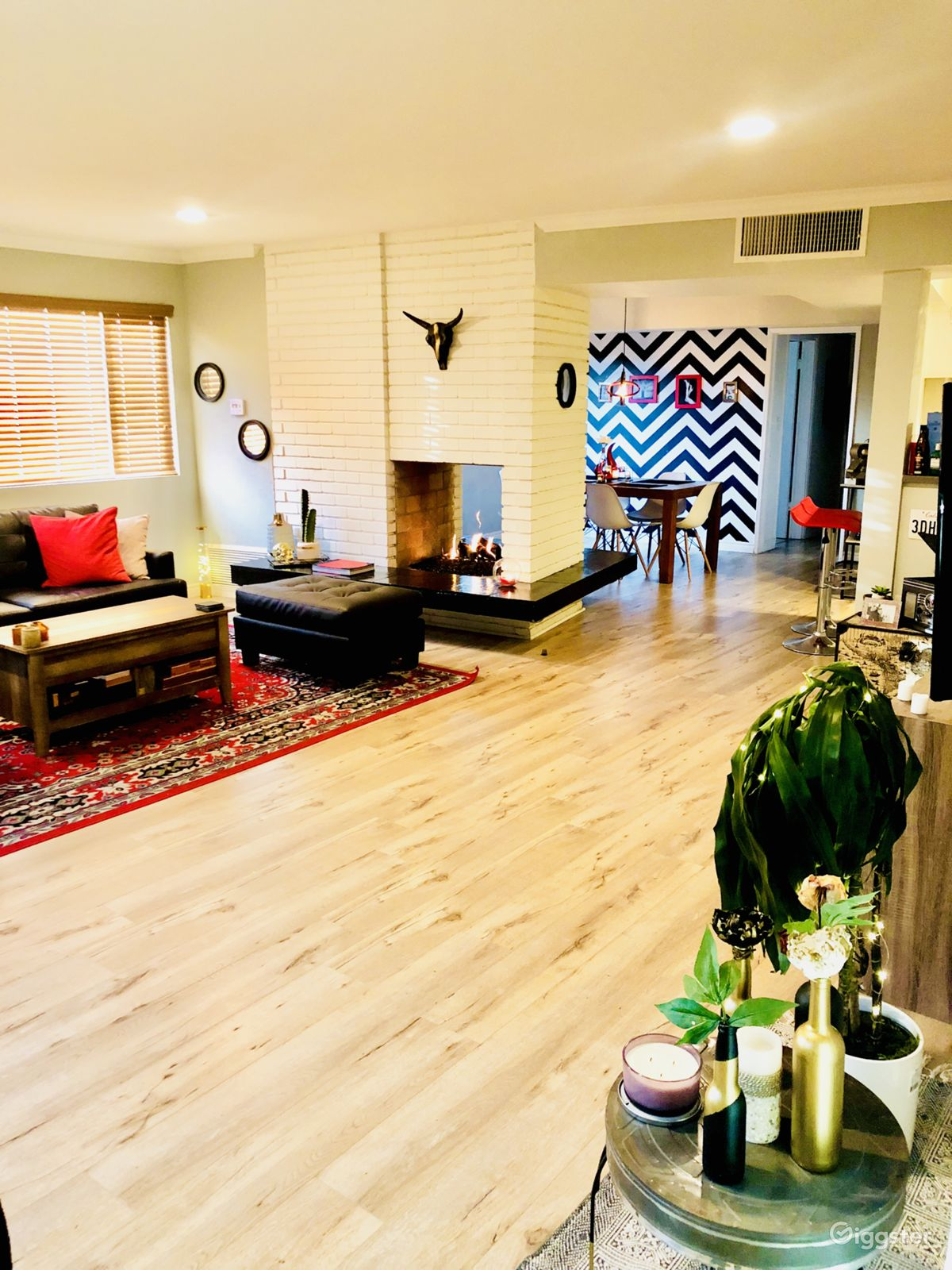 Rent the apartment loft or penthouseresidential modern large bright apt in bh