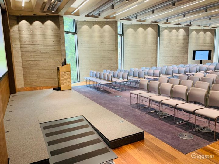 A Versatile Function Room in London Photo 5