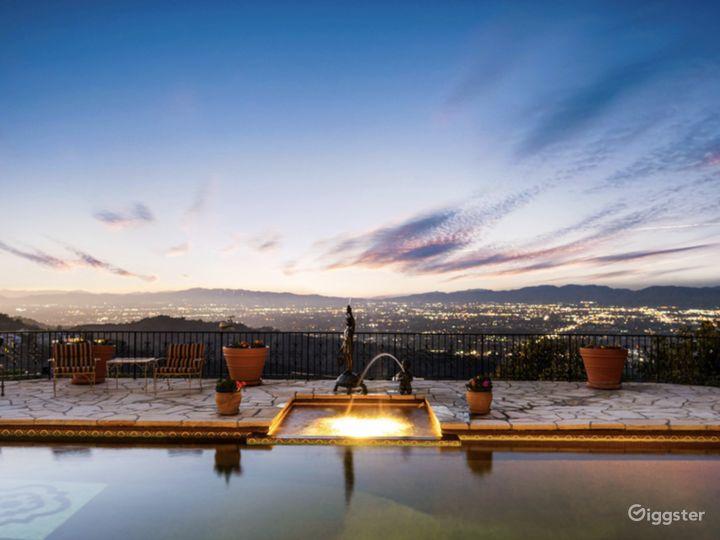 Cozy Mid Century Garden with breathtaking views  Photo 4